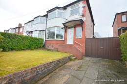 Click the photo for more details of 105 Bury Old Road, Manchester, Prestwich